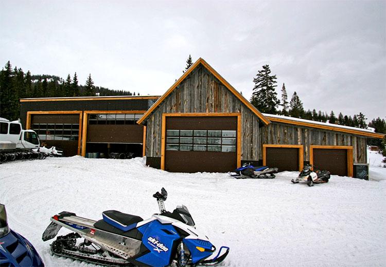CS Irwin Snowcat Barn